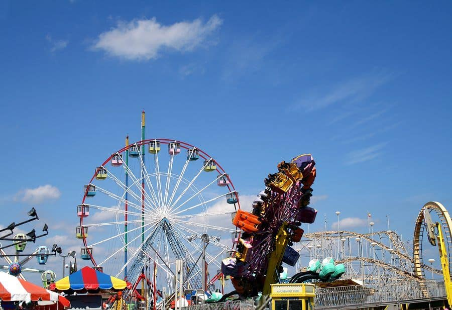 amusement park injury attorney